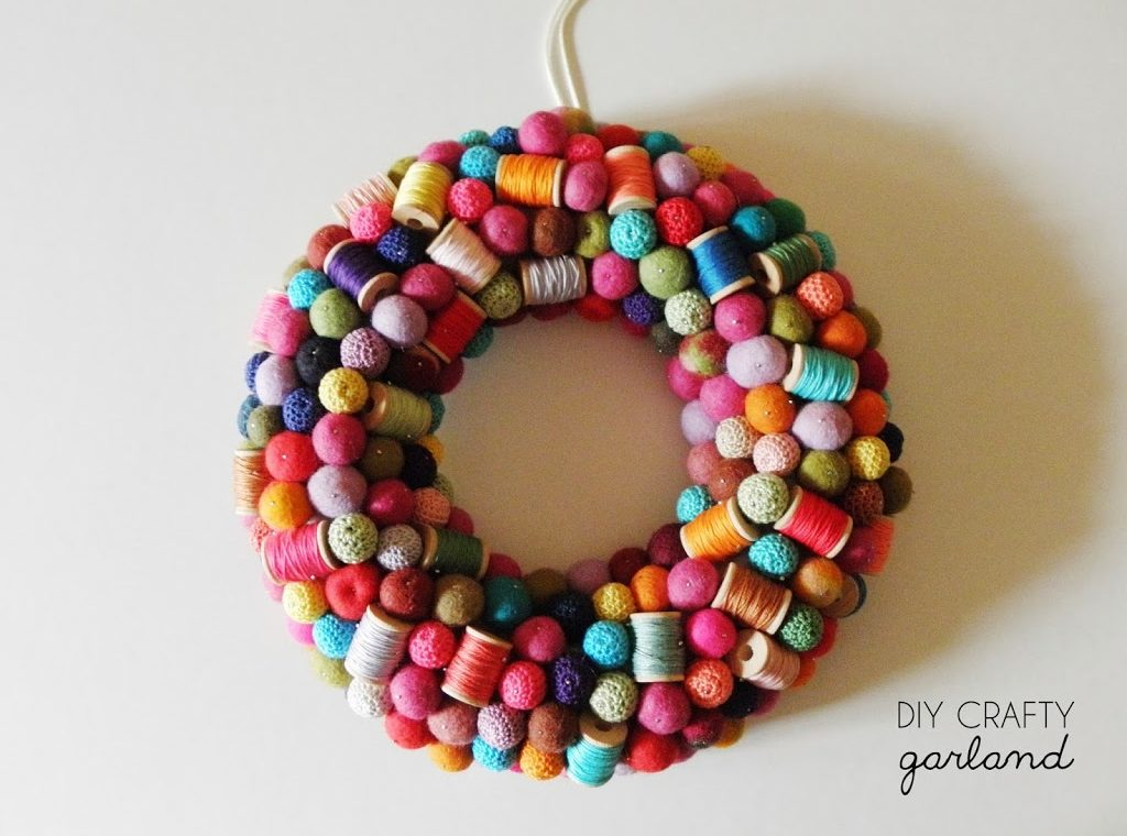 DIY CRAFTY GARLAND
