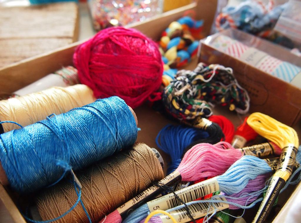 fili-ricamo-materiale-per-creare